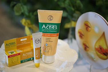 Kem trị thâm mụn Acnes và làm mờ sẹo Acnes