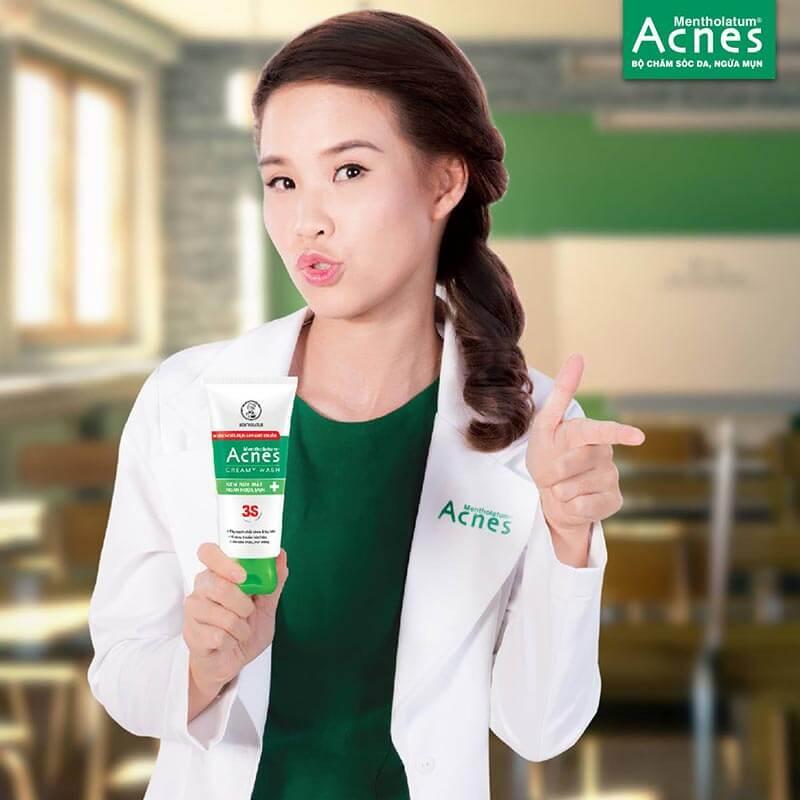 da thường nên sử dụng sản phẩm sữa rửa mặt trị mụn da thường acnes creamy wash