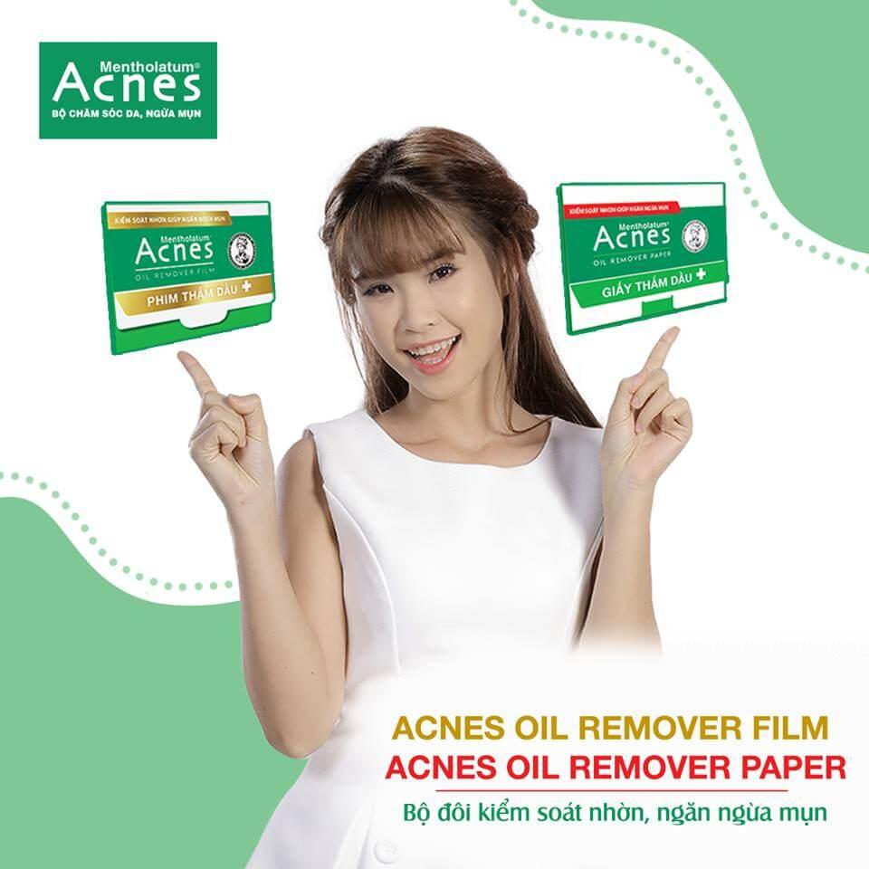 Giấy thấm dầu Acnes giúp lấy hết lượng dầu dư trên da và xác định loại da