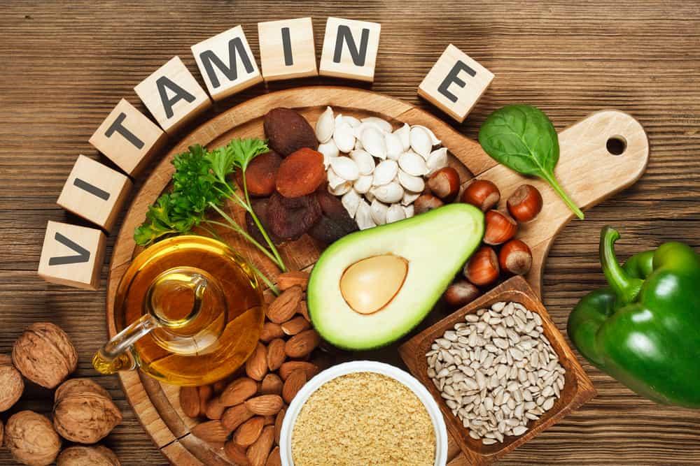 acnes viatmin với thành phần vitamin e phục hồi da