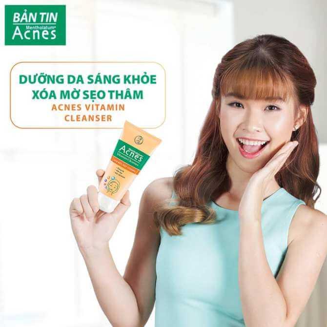 phục hồi da với acnes vitamin cleanser