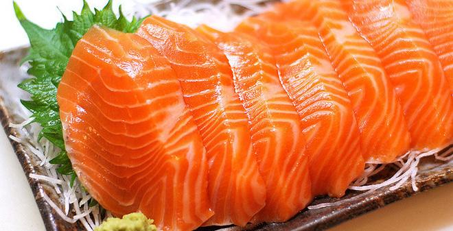 Trị sẹo và thâm hiệu quả với cá hồi