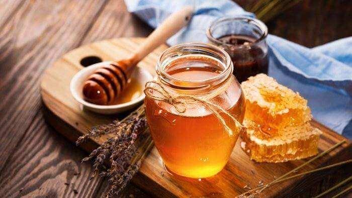 Kết quả hình ảnh cho Trị mụn bằng  mật ong
