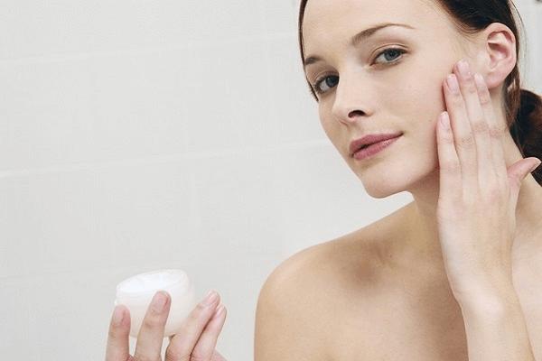 5 điều lưu ý khi thoa kem dưỡng da giúp mang lại hiệu quả hơn