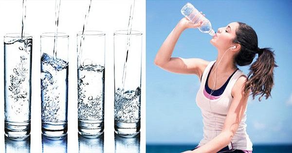 Uống đủ nước mỗi ngày giúp trẻ hóa làn da