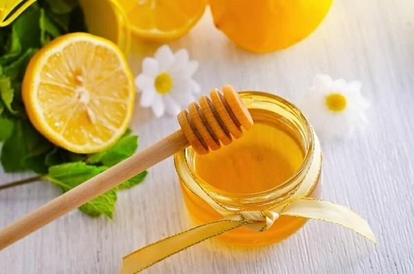 Cách làm mặt nạ tại nhà từ mật ong và chanh đơn giản nhưng rất hiệu quả