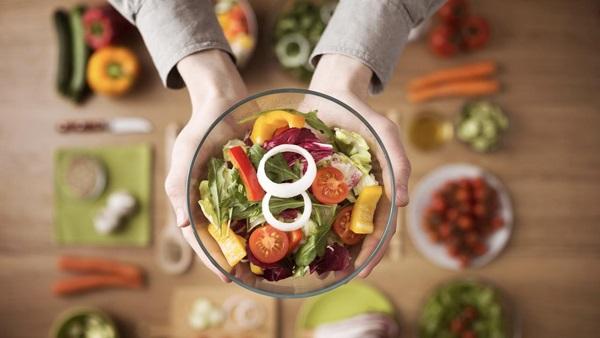 Đảm bảo chế độ ăn uống lành mạnh