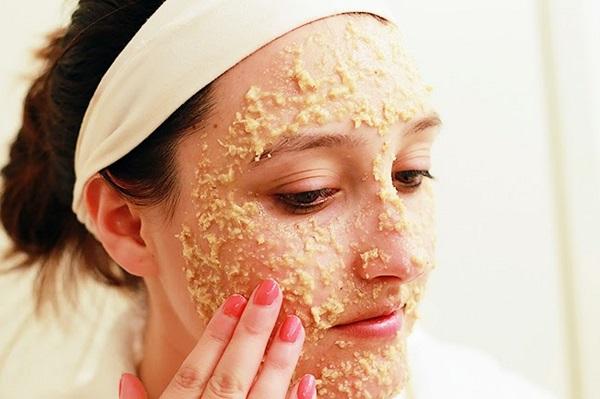 Đắp mặt nạ bằng bột yến mạch cần che chắn làn da khỏi ánh nắng mặt trời